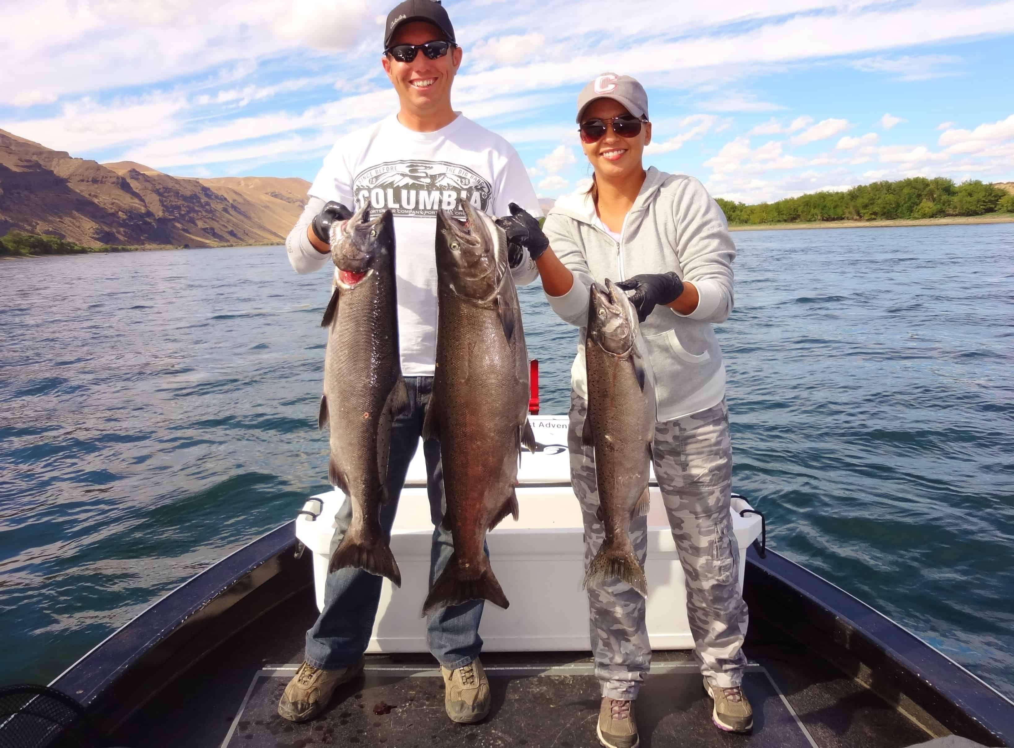 Salmon fishing the columbia river washington state usa for Salmon fishing washington