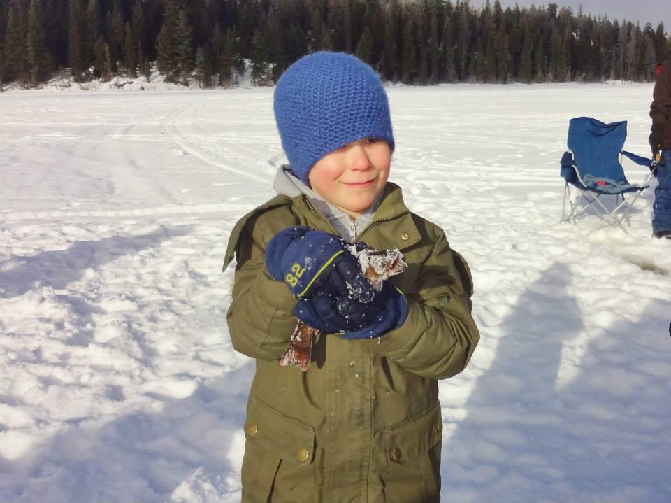 Learn to fish youth ice fishing events bc fishn for Small fishing sponsors